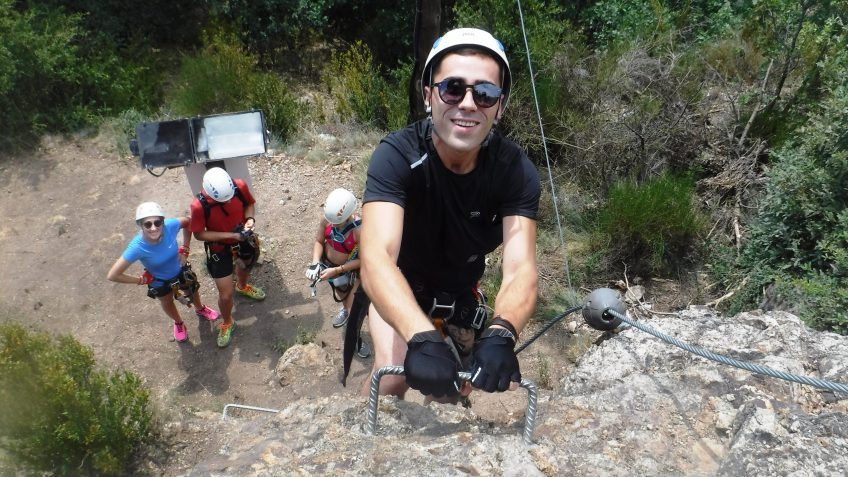 pack barranquismo y via ferrata en barcelona 53