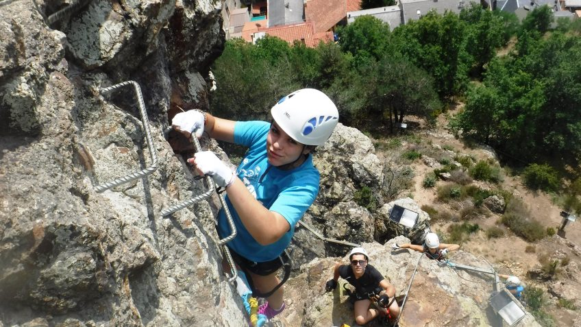 pack barranquismo y via ferrata en barcelona 59