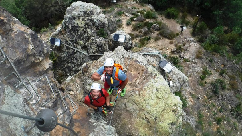 pack barranquismo y via ferrata en barcelona 64
