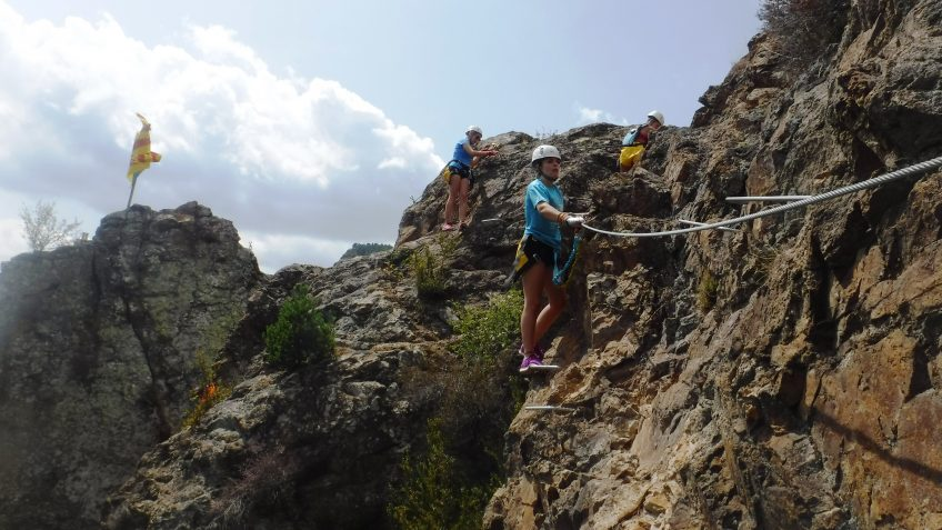 pack barranquismo y via ferrata en barcelona 69