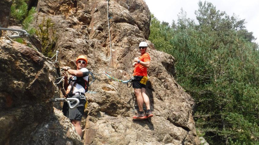 pack barranquismo y via ferrata en barcelona 71