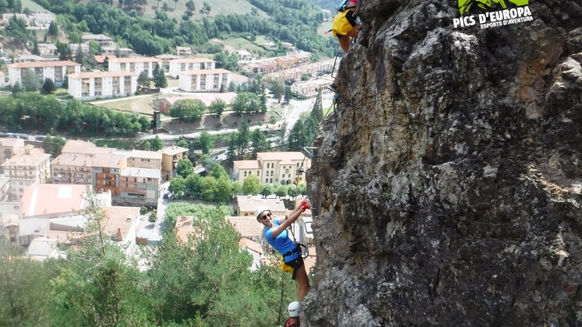 pack barranquismo y via ferrata en barcelona 72