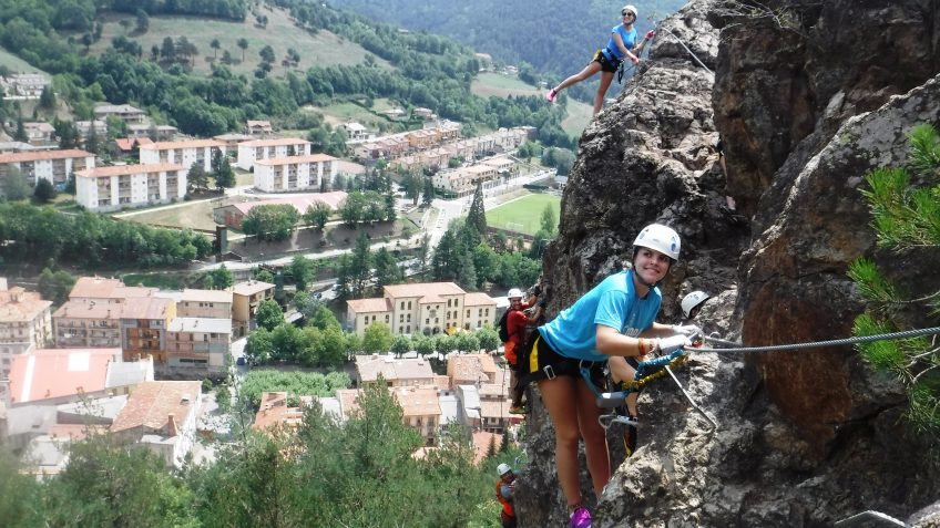 pack barranquismo y via ferrata en barcelona 73