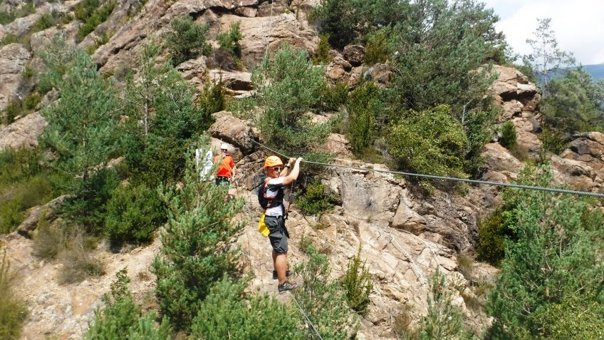 pack barranquismo y via ferrata en barcelona 79