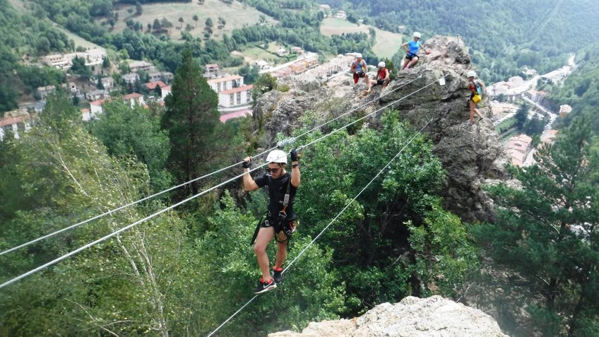 pack barranquismo y via ferrata en barcelona 88