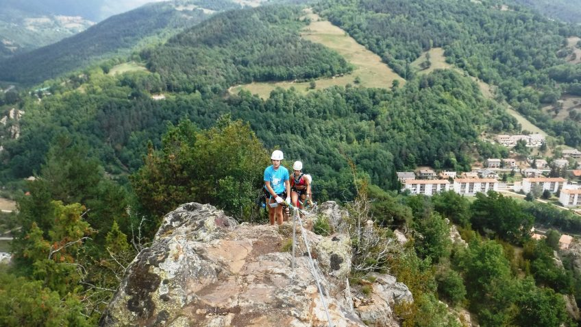 pack barranquismo y via ferrata en barcelona 97