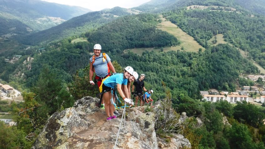 pack barranquismo y via ferrata en barcelona 98