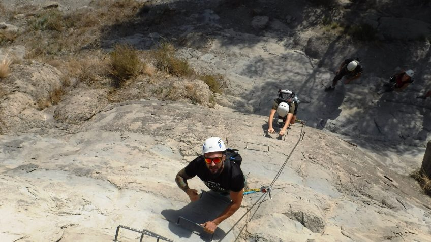 via ferrata en barcelona en grupo reducido 1