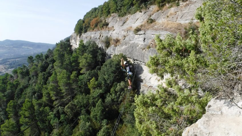 via ferrata en barcelona en grupo reducido 11