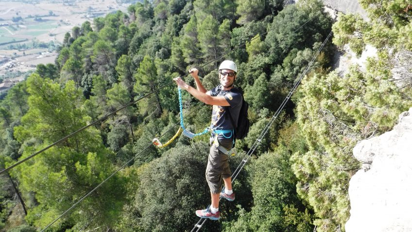 via ferrata en barcelona en grupo reducido 12