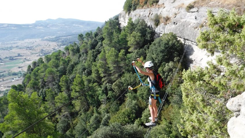 via ferrata en barcelona en grupo reducido 17