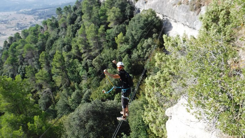 via ferrata en barcelona en grupo reducido 9