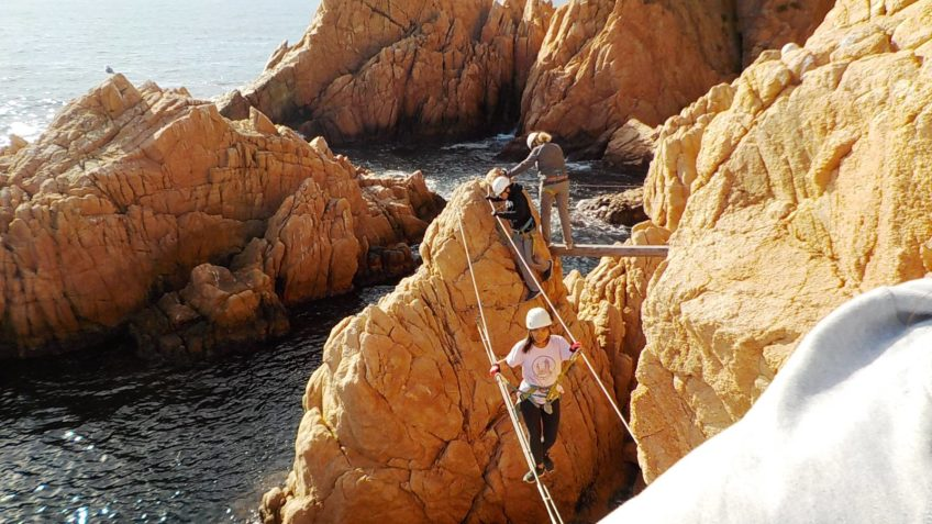 via ferrata en el mar 18